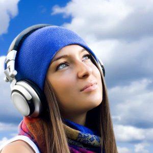 Keuntungan Mendengarkan Musik Bagi Semua Orang