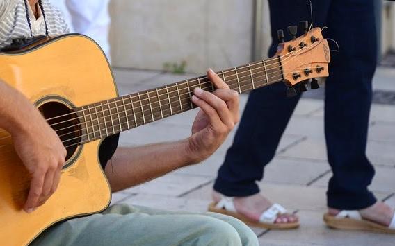Kegunaan Musik Bagi Kehidupan Manusia